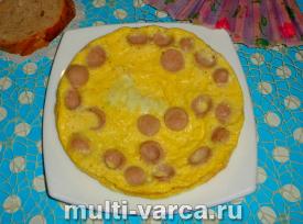 Омлет с сосисками в мультиварке
