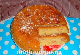 Кекс с яблоками в мультиварке