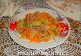Овощное рагу с колбасой в мультиварке