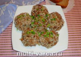Тефтели с рисом на пару в мультиварке