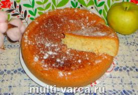 Пирог со сгущенкой в мультиварке