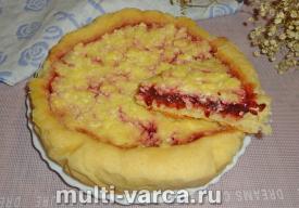 Пирог с творогом и вареньем в мультиварке