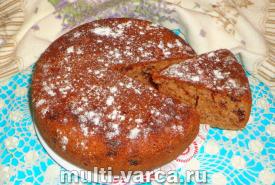 Быстрый пирог с клубничным вареньем к чаю в мультиварке