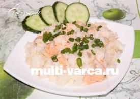 Рис с рыбными консервами в мультиварке