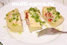 Фаршированные кабачки с помидорами и сыром в мультиварке