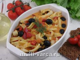 Как приготовить кальмары, тушеные в греческом соусе в мультиварке