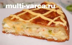 Луковый пирог с яйцами и колбасой в мультиварке