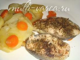 Запеченный толстолобик с овощами в мультиварке