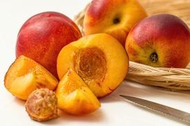 Персики в мультиварке