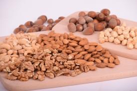 Орехи в мультиварке