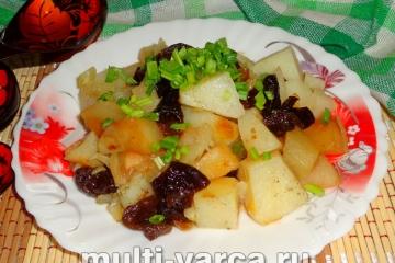 Как приготовить тушеную картошку с черносливом в мультиварке, пошаговый рецепт с фото.