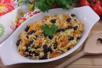 Рис с фасолью в мультиварке